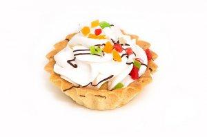 Пирожное «Корзиночка с белковым кремом»
